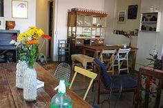 Seis lugares únicos para comprar plantas y flores  El restaurante combina muebles vintage, objetos artesanales y flores.  /Cecilia Wall