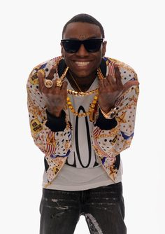 Soulja Boy Photos - Rapper Soulja Boy poses for a portrait in the TV Guide Portrait Studio at the Annual Streamy Awards at Hollywood Palladium on February 2013 in Hollywood, California. Krs One, Hip Hop, Soulja Boy, Blac Chyna, Let Her Go, Boy Tattoos, Lil Wayne, Studio Portraits, Looking For Women