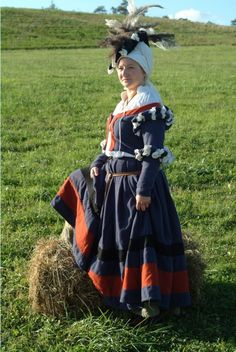 Me in my blue dress at Pennsic. Theese days I will not make a seperate jacket and skirt.