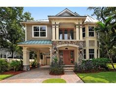 Beautiful homes for sale, luxury condos, waterfront properties, beach homes for sale, and investment real estate in Sarasota, Florida - www.TrueSarasota.com