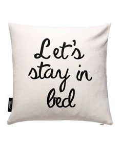 Let's Stay In Bed - JUNIQE - Kissenbezug