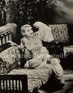 Helen as Mina Seward in 'Dracula' (Universal, My collection. Helen Chandler, Personal Reference, Dracula, Hollywood Actresses, Classic Hollywood, 1930s, Jokes, Stars, Collection