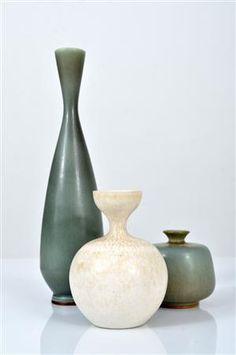 Vaser i stengods Glass Ceramic, Ceramic Pottery, Pottery Art, Spa Interior, Mid Century Modern Art, Pottery Wheel, Ceramic Flowers, Ceramic Design, Clay Pots