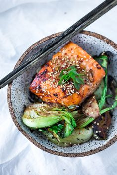 Sheet-Pan teriyaki salmon and baby bok choy , a delicious healthy dinner that can Healthy Weeknight Dinners, Healthy Dinner Recipes, Whole Food Recipes, Delicious Recipes, Lunch Recipes, Healthy Foods, Dessert Recipes, Salmon Recipes, Kitchen