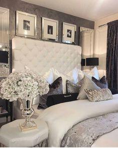 37 Minimalist Bedroom Design to Spark Your Personal Space. 37 Minimalist Bedroom Design to Spark Your Personal Space. Glam Bedroom, Trendy Bedroom, Cozy Bedroom, Modern Bedroom, Bedroom Decor, Bedroom Ideas, Bedroom Romantic, Contemporary Bedroom, Bedroom Lighting