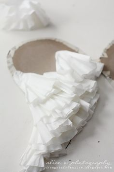 How to create angel wings from coffee filters and cardboard. Full step-by-step instructions and photographs.