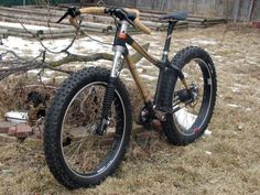 Bamboo, carbon Fibre fat bike with belt drive and lefty fork!