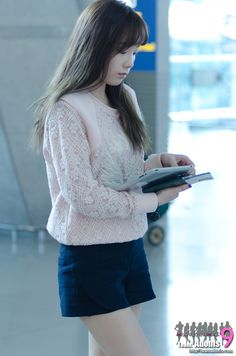 SNSD Taeyeon airport fashion - October 11