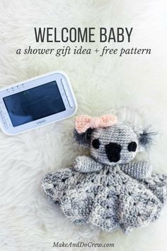 Make this free crochet lovey pattern for your favorite little marsupial. The amigurumi koala lovey pattern works up quickly using only one skein and some scrap yarn, which makes it a perfect baby shower gift idea. Amigurumi koala pattern.