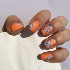 Matte nails... This one was made in a hurry so I used water decals :)