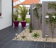 Id e jardin moderne d coration avec pot de fleur design design d coration et pots - Idee occultation jardin ...
