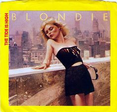 Blondie-The Tide is High on a 45 vinyl record. I would roller skate to this album in the Basement! The Rolling Stones, Vinyl Music, Vinyl Records, Vinyl Art, Rock Videos, Blondie Debbie Harry, People Of Interest, 80s Music, Punk Art