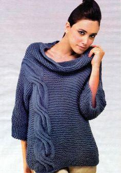 Синий пуловер с крупной косой