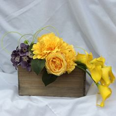 Send flowers directly from a real local florist. Fresh flowers, same-day delivery. Send Flowers, Fresh Flowers, Local Florist, Flower Delivery, Flower Designs, Flower Arrangements, Floral Wreath, Wreaths, Flower Drawings