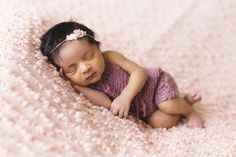 good night baby images for your loved ones. send these beautiful cute baby sleeping good night images and wish your friend and family. Baby Girl Names, Cute Baby Girl, Baby Girl Newborn, Cute Babies, Baby Birth, Newborn Care, Baby Boy, Baby Songs, Baby Music