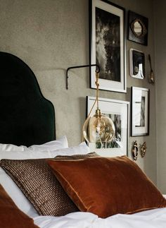 A detail of the Bolon-designed woven cushions. On the wall: vintage black-and-white photographs and tiny antique mirrors. A detail of the Bolon-designed woven cushions. On the wall: vintage black-and-white photographs and tiny antique mirrors. Home Bedroom, Bedroom Decor, Arranging Bedroom Furniture, Entryway Decor, Architecture Restaurant, Modern Restaurant, Farmhouse Style Bedrooms, Table Design, Design Design