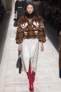 It's to be said that we believe Fendi is one of everyone's favorite shows during Milan Fashion Week, and we believe it's most likely due to the creative marvel that is Karl Lagerfeld and the effort…
