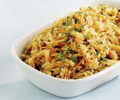 Orzo with Brown Butter and Parmesan - This little black dress of a side dish pairs with practically anything—grilled meat, roasted chicken, sautéed vegetables. Orzo Recipes, Parmesan Recipes, Side Dish Recipes, Vegetarian Recipes, Dinner Recipes, Healthy Recipes, Parmesan Orzo, Rice Dishes, Food Dishes