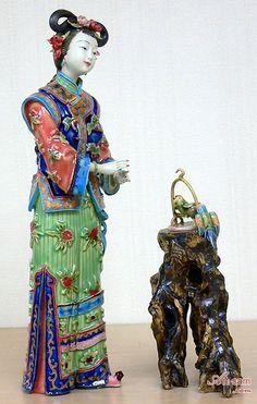 Chinese Oriental Ceramic / Porcelain Lady Figurine Joyful Bird : Art-sam.com