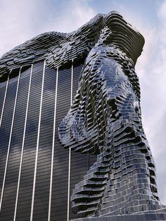 ルーブル美術館「サモトラケのニケ」のかたちをした『夢の高層ビル』が荘厳な完全美、素晴らしい | DDN JAPAN ※完成予想画像との事。実際に見てみたい。
