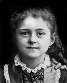 Mother Teresa was born Agnes Gonxha Bojaxhiu in Skopje*, Macedonia, on August No it is ste Therese de Lisieux from France