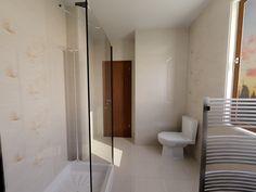 Toilet, Bathtub, Bathroom, Standing Bath, Washroom, Bath Tub, Litter Box, Bathtubs, Bathrooms
