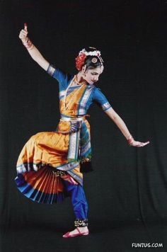Indian Dance ♥ www.thewonderfulworldofdance.com #ballet #dance