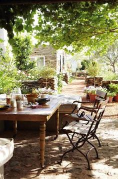 French country. Outdoor entertaining.