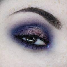 instagram @ilonarah https://www.reddit.com/r/MakeupAddiction/comments/422432/bluepurple_halo_with_ud_vice_4/