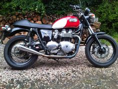 Triumph Bonneville (cafe racer- custom - special)