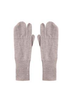 Maison Martin Margiela Line 1 / Tabi Short Gloves  |   La Gar�onne | La Garconne