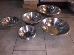 RESTAURANT SUPPLY STAINLESS STEEL BOWLS