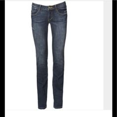 """CAbi  Blue Moon Indie Straight Leg Jean Designer denim style 514. Flattering mid rise, straight leg fit 👖Dark vintage wash. Hand sanded. Coin pocket & tacked back pockets. Comfortable & well fitting! Waist 29""""; hip 37""""; rise 7.5""""; inseam 32""""👖88% cotton; 11% polyester; 1% elastase 👖New. CAbi does not come with tags. Smoke free home 👖 CAbi Jeans Skinny"""