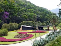 Oscar Niemeyer MCM House 1956