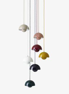 Histoire du design : Verner Panton – et la lampe Flowerpot Diy Pendant Light, Pendant Lamp, Pendant Lighting, Diy Luminaire, Luminaire Design, Cool Lighting, Lighting Design, Verner Panton Lamp, Lampe Retro