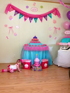 Zoe's cupcake theme Birthday party