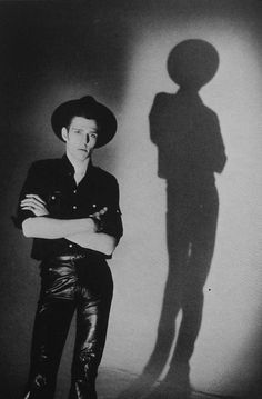 Paul Simonon by Pennie Smith.  Standing on the shoulders of Giants