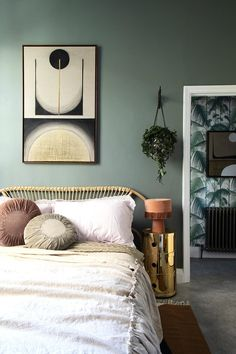 Interior Design Colour Trends 2019 – From Spiced Honey To Botanical Greens — HuffPost UK. Interior Design Colour Trends 2019 – From Spiced Honey To Botanical Greens. Whether you're painting the walls or adding a few statement accessories, the . Home Design, Interior Design Trends, Graphisches Design, Colorful Interior Design, Colorful Interiors, Design Ideas, Interior Modern, Design Color, Interior Design Wall