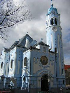 BRATISLAVA (Eslovaquia) Blue Church