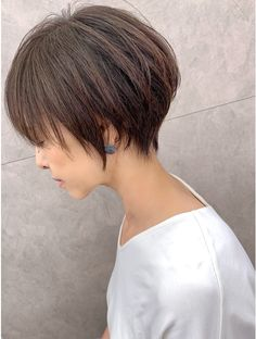 Short Haircut Styles, Short Hairstyles For Women, Hairstyles Haircuts, Cool Hairstyles, Haircut For Thick Hair, Haircut And Color, Pixie Haircut, Shot Hair Styles, Asian Hair