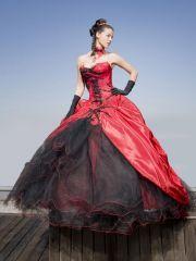 Ledee plesové šaty goth na míru na maturitní ples červenočerné - plesové šaty, svatební šaty, společenský salón