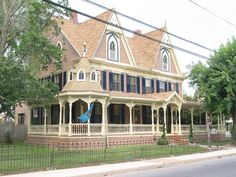 I go by this house to get to the soccer club all the time. 1878 Victorian - Captain Chandler House in Frankfort, Delaware - OldHouses.com