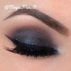 Smokey with a pop of turquoise @maya_mia_y