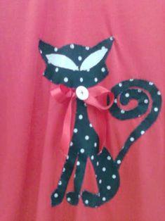 Resultado de imagem para aplicação em blusas com tecido motivo gatos