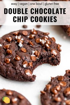Need to satisfy your chocolate craving? These double chocolate chip cookies are the ultimate dessert. They're chewy, soft, vegan, gluten free, and made in one bowl! It's an easy recipe you'll love! Dairy Free Brownies, Gluten Free Chocolate Chip Cookies, Double Chocolate Chip Cookies, Chocolate Recipes, Chocolate Chocolate, Gluten Free Treats, Vegan Gluten Free Cookies, Vegan Treats, Cookie Calories