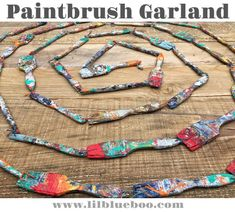 Paintbrush Garland - How to Make a Garland with Paintbrushes