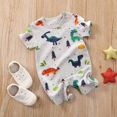 Product informationMain fabric composition: cottonMain fabric ingredient content: 99 (%)Closed style: pulloverStyle: leisureStyle: short climbColor: light blue, navy blue, white, green, gray, star and moon, PAT giraffe, pat panda, pat pink pig, hedgehog, rabbit, PAT whaleSuitable height: 59cm, 66cm, 73cm, 80cm, 90cmPacking listBodysuit*1Size information Age Newborn 0-3month 3-6month 6-9month 9-12month 12-18month Size 52 59 66 73 80 90 height(cm) 46-52 52-59 59-66 60-73 73-80 80-90 Weight(kg) 2.5 Baby Outfits Newborn, Toddler Outfits, Kids Outfits, Cute Baby Clothes, Cute Baby Boy Outfits, Babies Clothes, Babies Stuff, Baby Boy Stuff, Dinosaur Baby Clothes