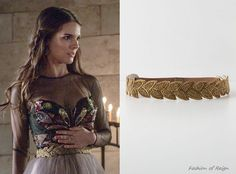 In the seventh episode Kenna wears this sold out Anthropologie Sylvan Beaded Stretch Belt. Worn with Oscar de la Renta dress.