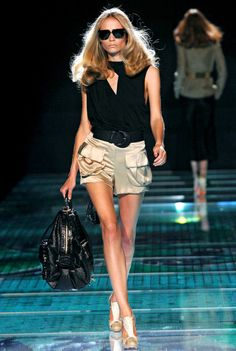 Natasha Poly at Versace, Spring/Summer 2008                                                                                                                                                     More