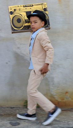 Appaman Fine Tailoring is doing some great dress clothes for hip kids.